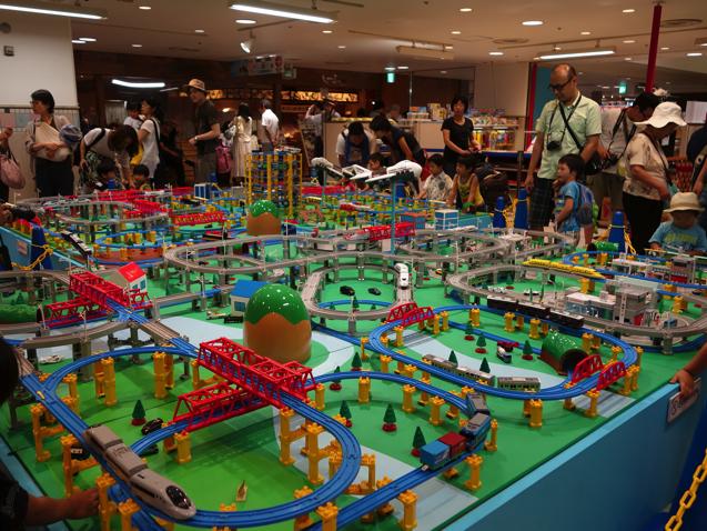 阪急三番街 プラレールフェスティバルの線路