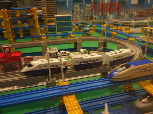 阪急三番街 プラレールフェスティバル 新幹線の車窓から見るプラレール