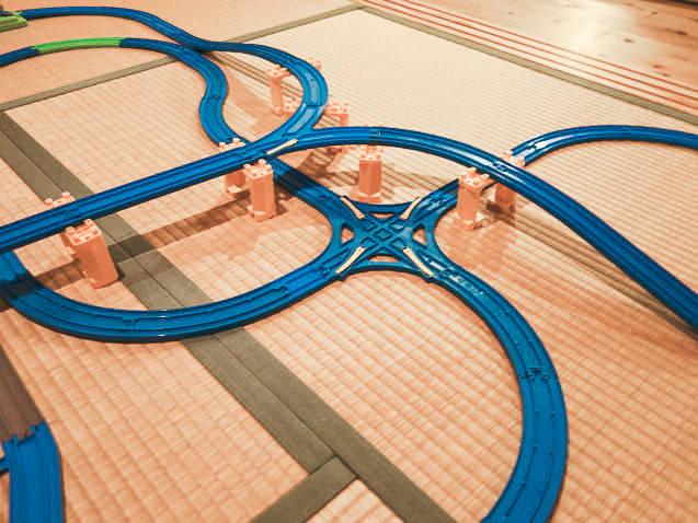 【4畳半】トレインケース・転車台を使った複雑な3段レイアウト