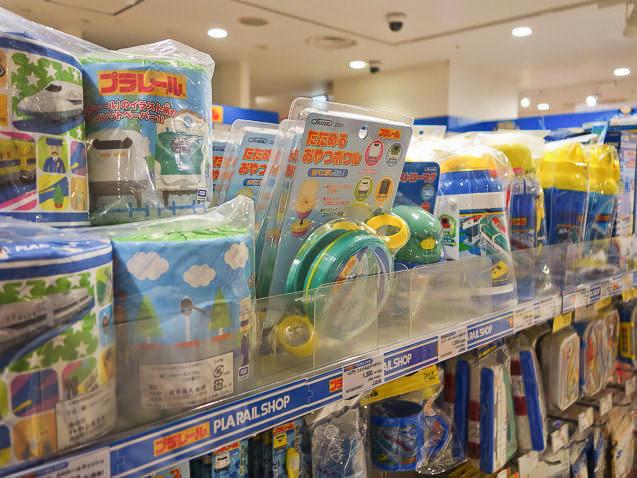 東京駅一番街 プラレールショップ
