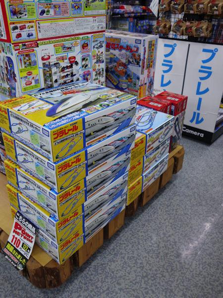 ヨドバシカメラ上野店のプラレール売り場