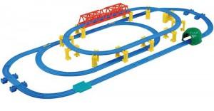 駅とつながる大鉄橋レールセット