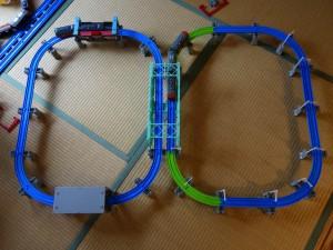 3歳児が作った複線大鉄橋レイアウト