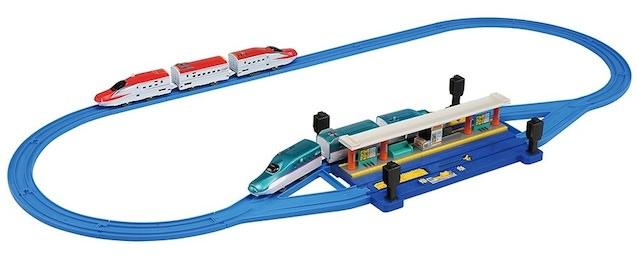 トイザらス限定 E5系&E6系新幹線自動のりかえ駅セット