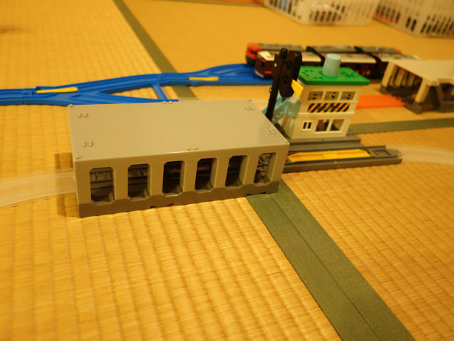 田舎の主要駅みたいなレイアウト
